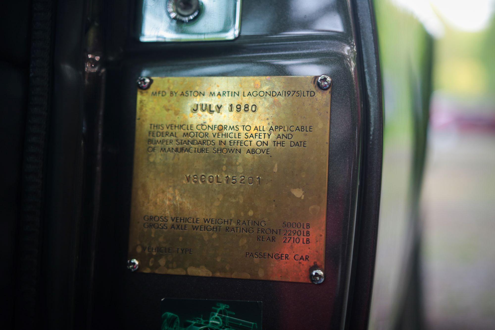 V8 Volante-12
