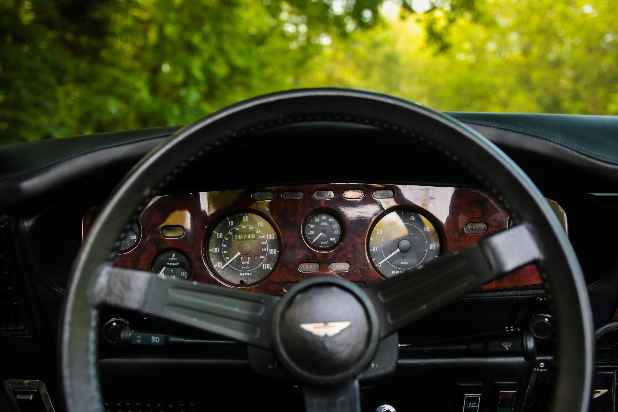 V8 Volante-2